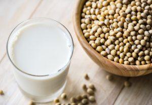 Como preparar leche de soya en casa
