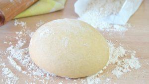 Cómo preparar maza para pizza casera facil